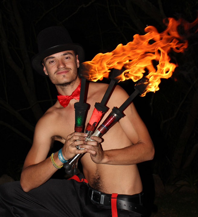 Fire juggling 2