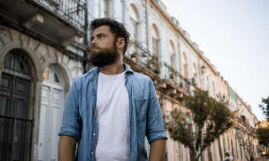 Passenger Releases New Single to SA Radio Ahead of SA Show